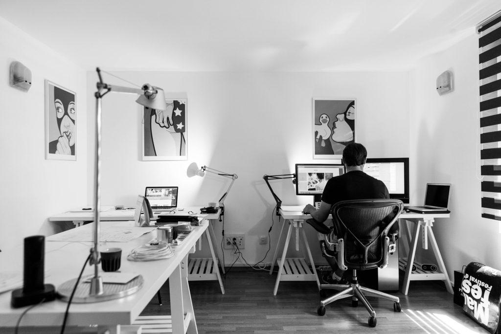 ブログを書くならカフェよりも自宅のほうがメリットが多い4つの理由